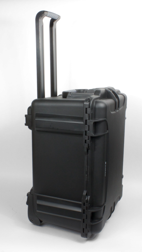 ccs 053 054 side profile with retractable handle and wheels